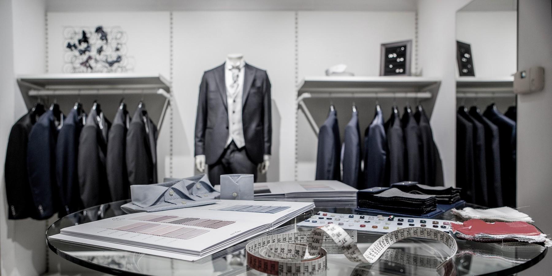Lanieri   Abiti, camicie e abbigliamento su misura per uomo